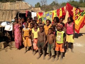 La population locale consomme depuis toujours les produits issus du baobab, aidons les à conserver ce patrimoine.